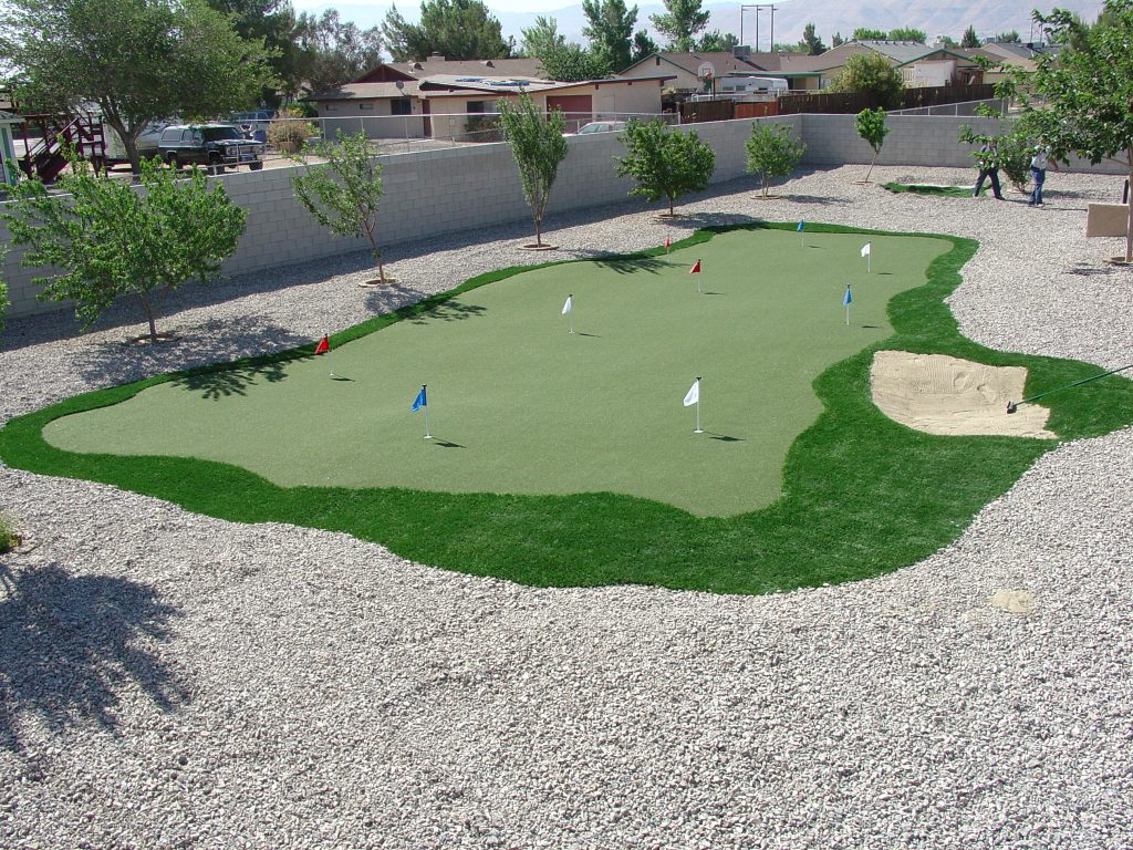 Multilayered turf to create large mini golf course